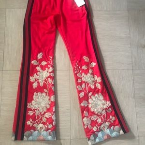 f49aaa1b88 Gucci Pants - Gucci Women Red Floral Embroidered Track Pants XS